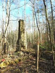 chimney-on-old-settlers-trail_sm