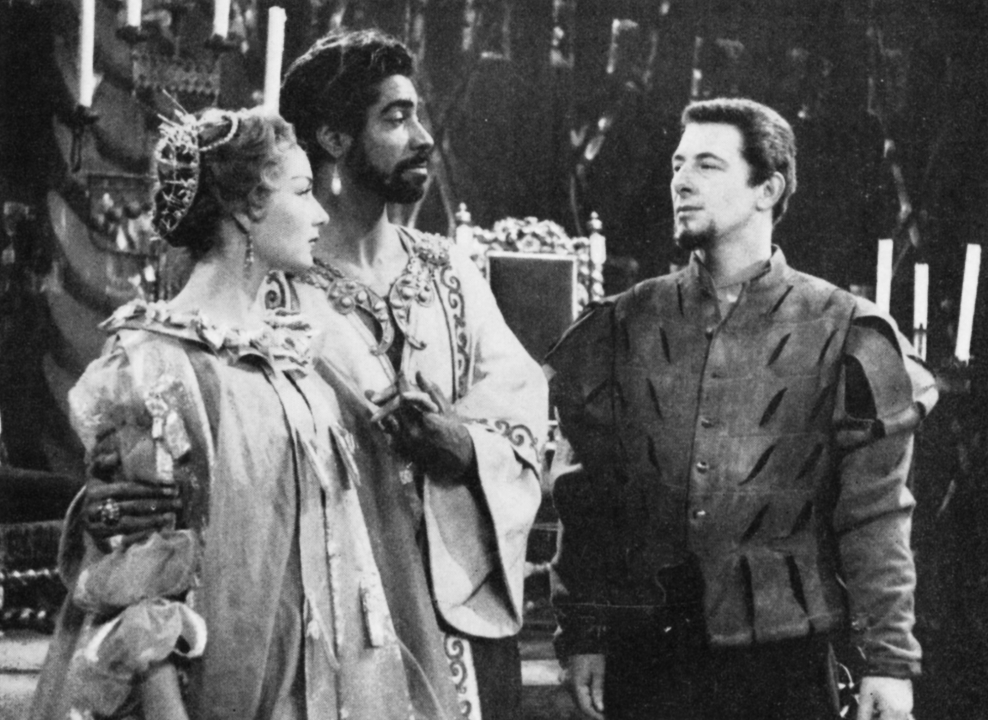 Three actors appear in Othello