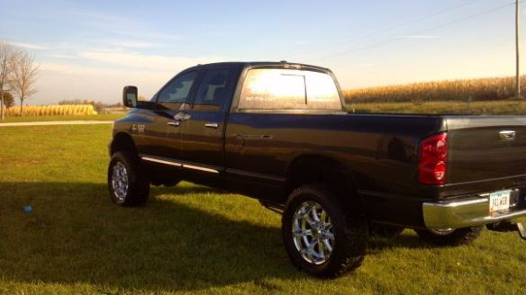 09 Dodge Cummins 4DR Laramie