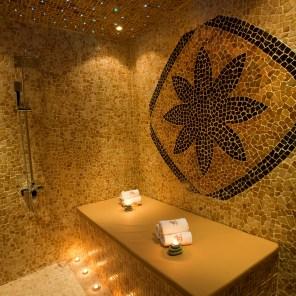 Tips & Toes Day Spa Morrocean Bath