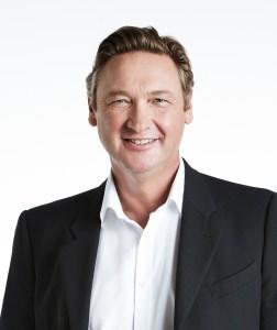 Dr Mike Ryan Dubai Hair loss doctor