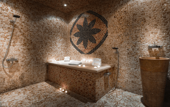 tips and toes oud hammam2