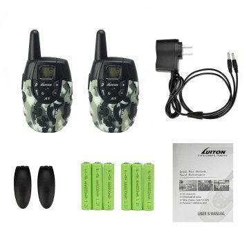 A7 Radio x 2 Clip x 2 Rechargable Ni-MH battery x 6 (for the 2 PCS radio ) Charger with double plug x 1 Manual x 1