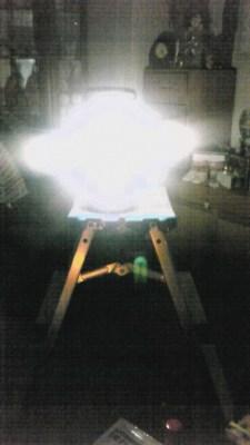 乾電池式の蛍光灯ランタン