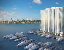 Marina Palms Yatch Club & Residences