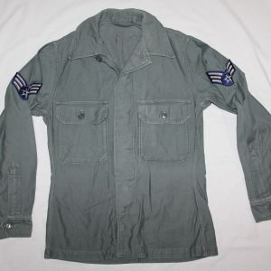 S002. EARLY USAF SAGE GREEN UTILITY SHIRT, 1956 DATED