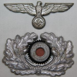 P008. WWII GERMAN ARMY EM/NCO VISOR CAP EAGLE, WREATH & COCKADE