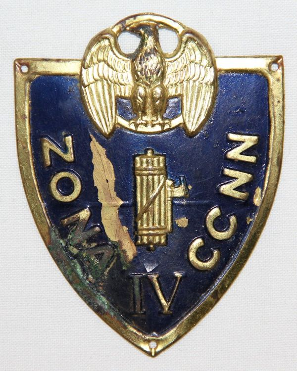 P022. WWII FACIST ITALIAN BLACK SHIRT MILITIA ZONE IV ASSAULT TRAINING SLEEVE SHIELD