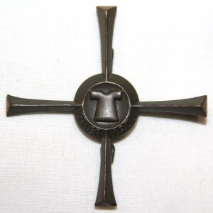 P029. WWII GERMAN TRIER CROSS TINNIE BADGE
