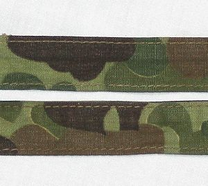 E029. WWII USMC CAMOUFLAGE PACK STRAP