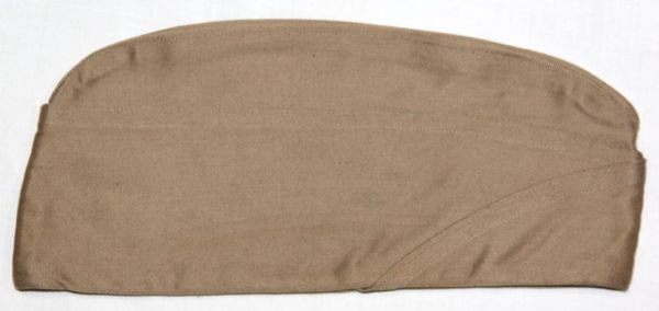 C012. NEAR MINT 1941 DATED KHAKI COTTON OVERSEAS, GARRISON CAP