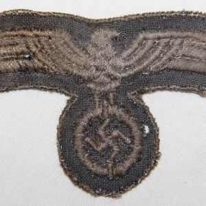 O.045. LATE WWII GERMAN ARMY EM/NCO UNIFORM BREAST EAGLE
