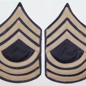 G055. UNISSUED WWII TWILL ON TWILL MASTER SERGEANT CHEVRONS, STRIPES