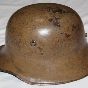 B058. RARE WWI HUNGARIAN M17 COMBAT HELMET BY BERNDORFER