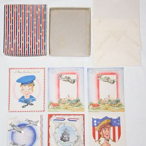 I023. WWII HOME FRONT BOX OF 6 UNUSED MILITARY THEMED CHRISTMAS CARDS
