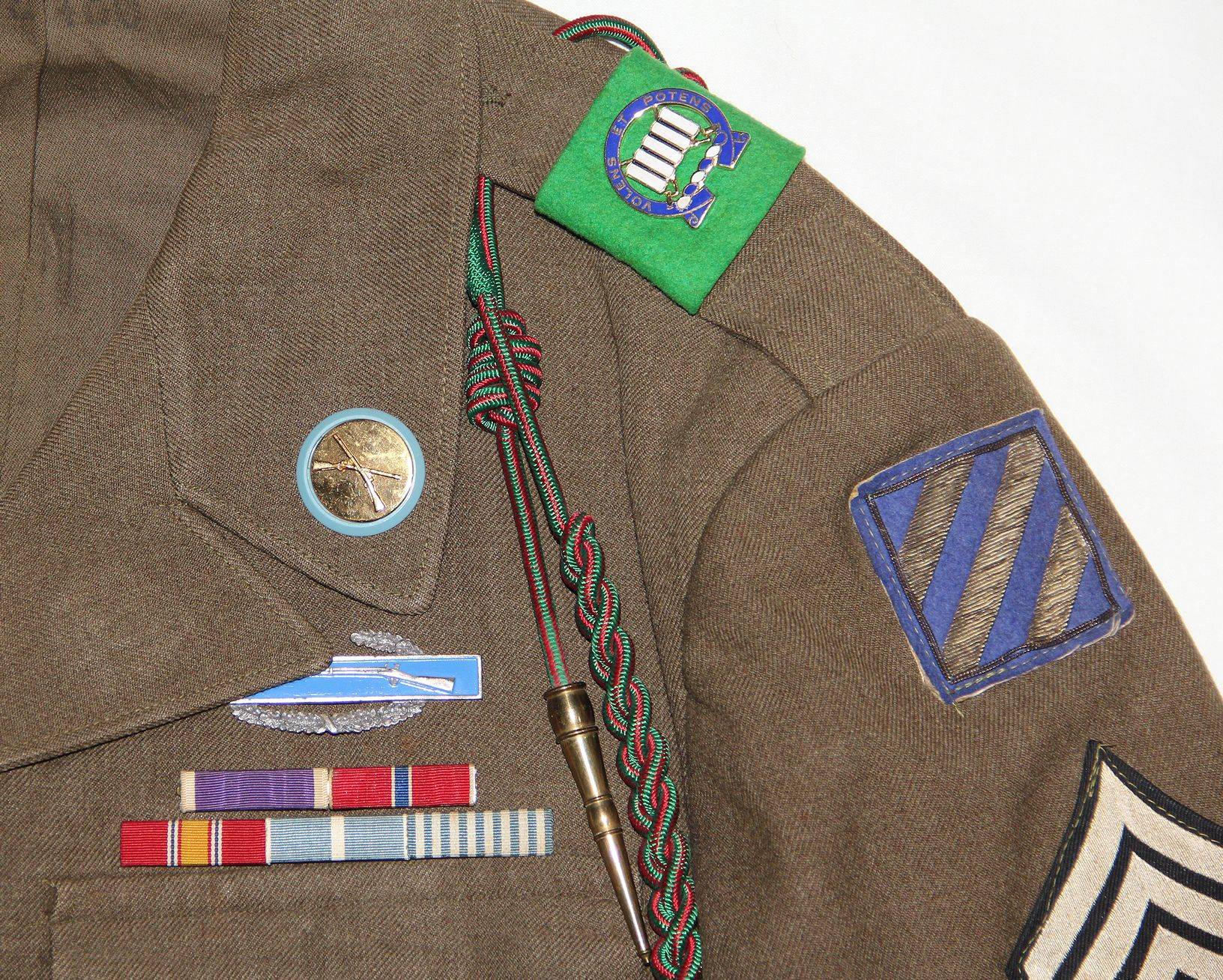 S031  KOREAN WAR 3RD INFANTRY DIVISION IKE JACKET WITH BULLION PATCH