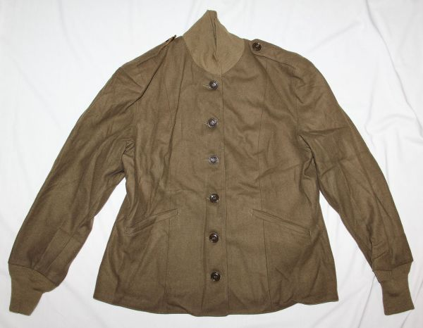 D024. WWII WOMEN'S M-1943 FIELD JACKET LINER