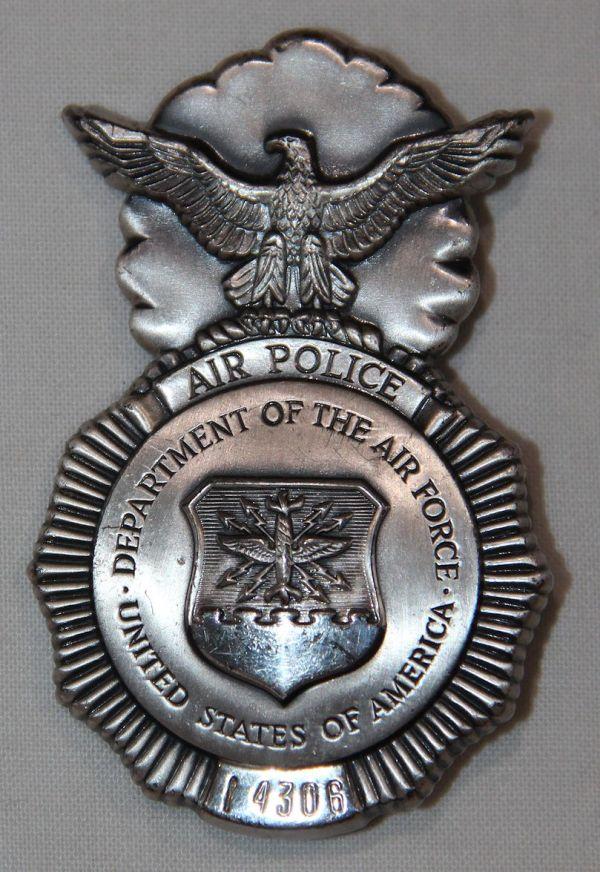 U008. OBSOLETE USAF AIR POLICE BADGE WITH SERIAL NUMBER