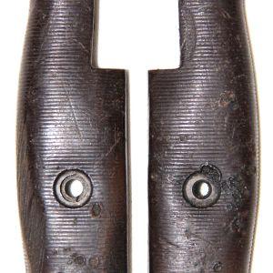 F014. WWII BROWN PLASTIC BAYONET GRIPS