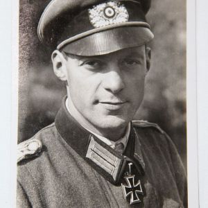 R026. WWII GERMAN KNIGHTS CROSS WINNER MAJOR FELLMANN POSTCARD GREIF DIVISION