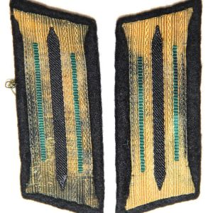 O.087. WWII GERMAN ARMY MOUNTAIN TROOP COLLAR TAB SET ??