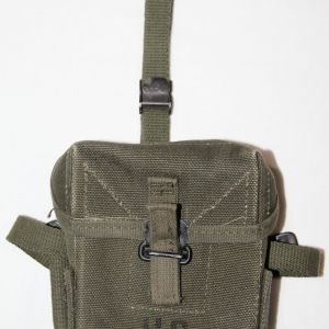 T063. NICE VIETNAM 1969 DATED SMALL ARMS AMMUNITION POUCH