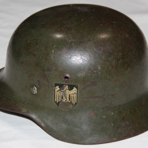 L015. WWII ET 64 M35 SINGLE DECAL ARMY HELMET