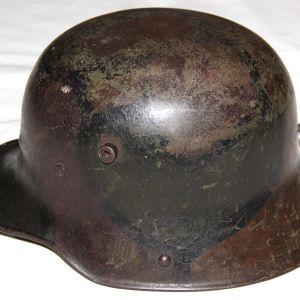 B086. WWI GERMAN CAMOUFLAGE M16 HELMET