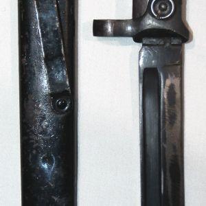 N022. WWII ITALIAN M1938 CARCANO FOLDING BAYONET WITH SCABBARD