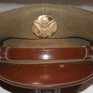 C036. WWII U.S. ARMY ENLISTED VISOR CAP