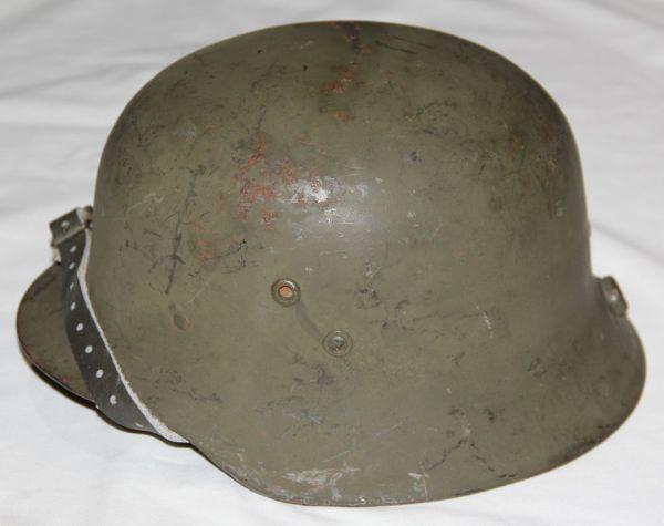 L026. WWII FINNISH REISSUE HUNGARIAN M38 COMBAT HELMET