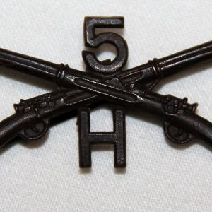 B132. WWI 5TH INFANTRY H COMPANY OFFICERS COLLAR INSIGNIA