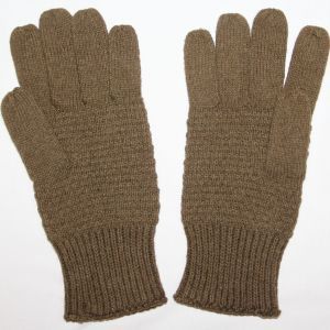 D046. WWII OD KNIT WOOL GLOVES