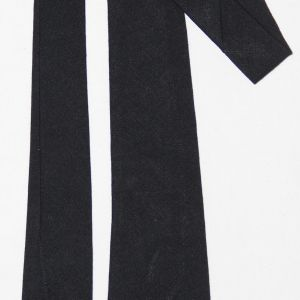 D048. PRE TO EARLY WWII BLACK WOOL UNIFORM NECK TIE