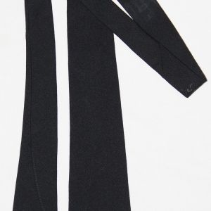 D050. EARLY WWII BLACK WOOL UNIFORM NECK TIE