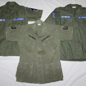 T132. NAMED VIETNAM USAF JUNGLE JACKET AND SATEEN SHIRTS GROUP