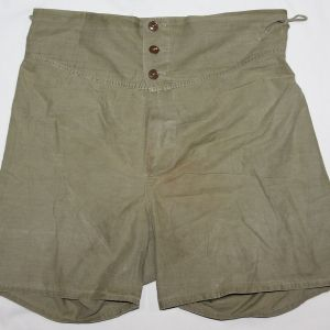 D054. WWII LIGHT OD COTTON BOXER SHORTS
