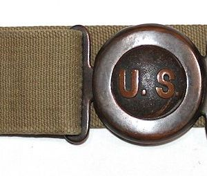 A033. MILLS M1910 GARRISON BELT WITH HOLSTER HANGER