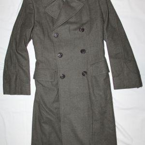 D061. WWII BRITISH MADE WOMENS USMC WOOL OVERCOAT