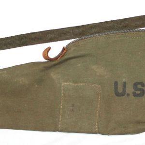 E233. WWII M1 CARBINE CARRY CASE