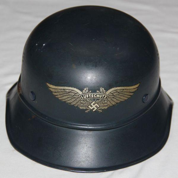 L050. WWII GERMAN 3 PIECE LUFTSCHUTZ GLADIATOR HELMET