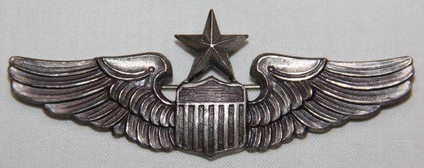 S110. COLD WAR USAF PINBACK STERLING SENIOR PILOT WINGS