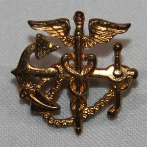 H109. WWII US PUBLIC HEALTH SERVICE OFFICER COLLAR INSIGNIA