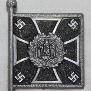 P103. WWII GERMAN WHW PIONEER STANDARTE TINNIE