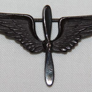 B256. WWI AIR SERVICE OFFICER STERLING COLLAR INSIGNIA