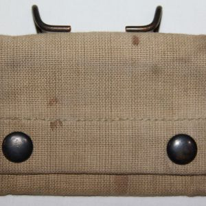 B257. WWI 1918 DATED FIRST AID BANDAGE POUCH
