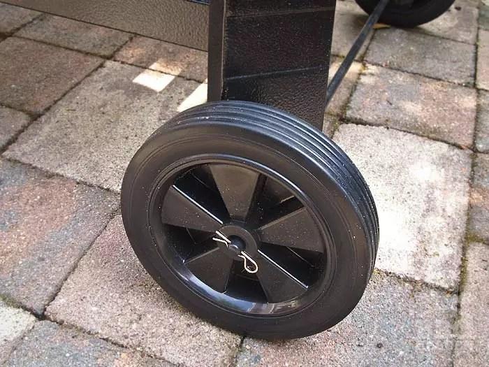 plastic-wielen-niclan-grill