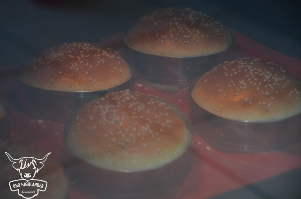 Burger Bun im Backofen 2