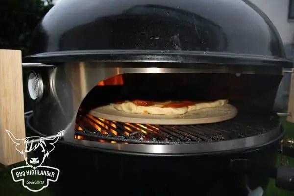 Weber Elektrogrill Pizza Backen : Hot pizza grillen so geht s pepperworld