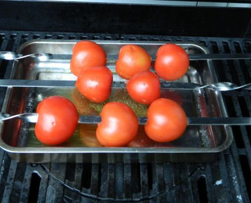 tomatensuppe vom grill bbq mer. Black Bedroom Furniture Sets. Home Design Ideas
